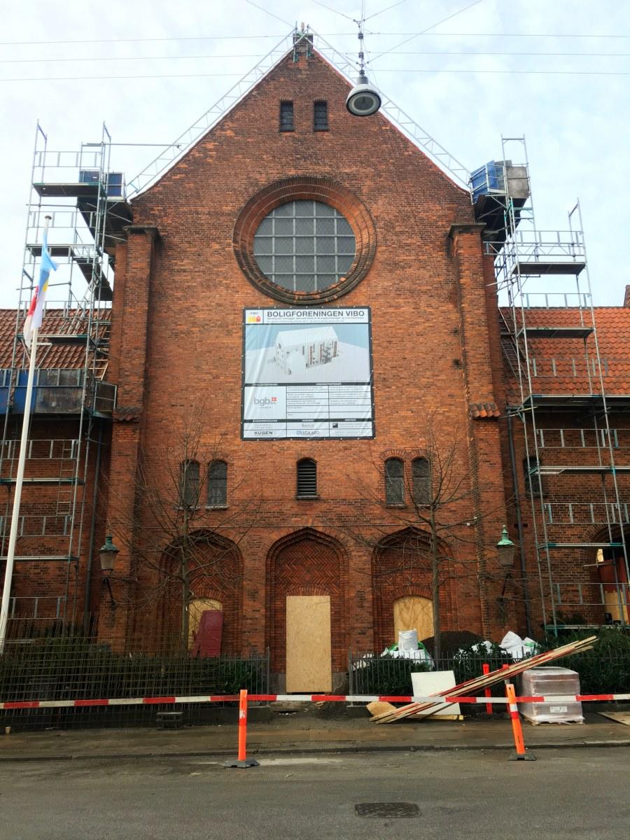 Samuels Kirke på Nørrebro bliver til almennyttige ungdomsboliger.