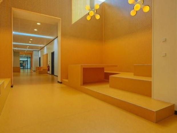 Dyvekeskolen-korridor