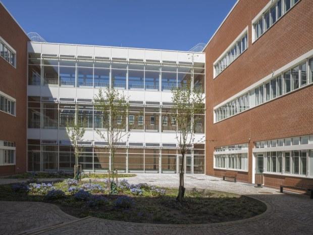 DNU S1 laboratoriebygning - Gårdrum