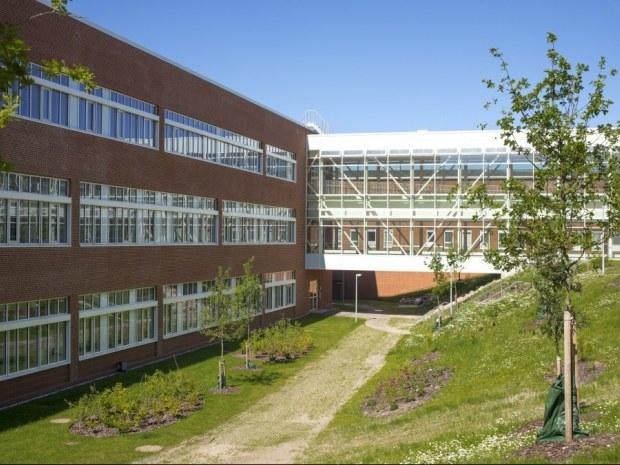 DNU S1 laboratoriebygning - Facade