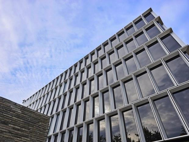 DTU Fotonik, bygning 340 - Facaderne