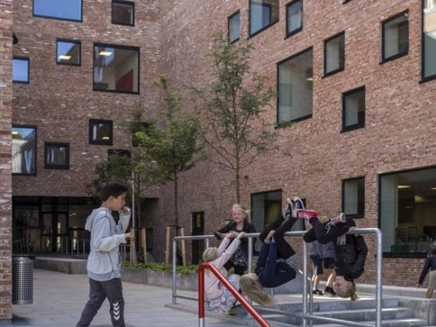 Frederiksbjerg Skole - Udearealet
