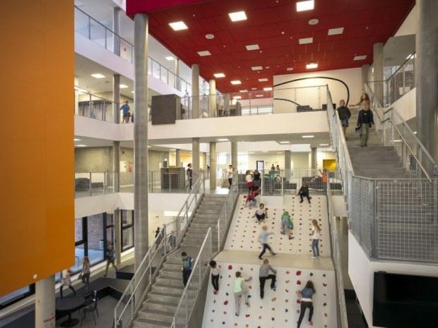 Frederiksbjerg Skole - Hovedindgangen