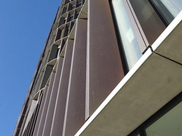 Mærsk Bygningen, Det Nye Panum - Facaden