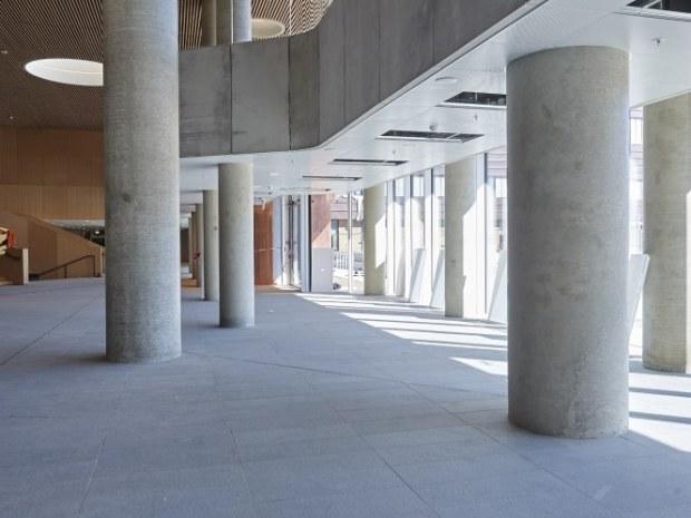 Mærsk Bygningen, Det Nye Panum - Flisegulvene