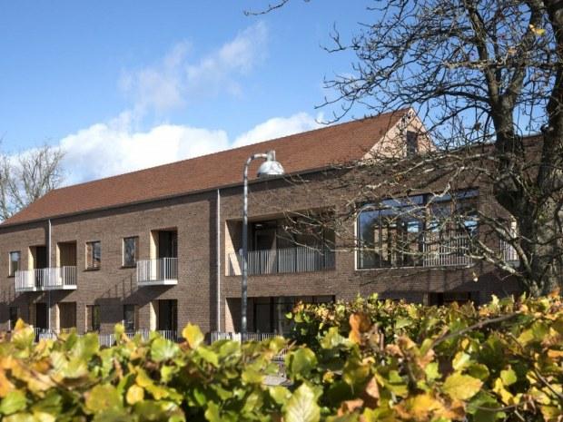 Botilbud Ebberød - facade