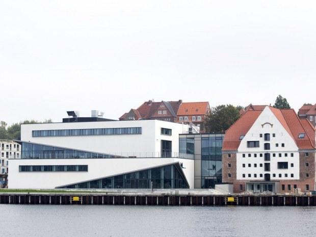 Multikulkurhuset - havnefronten
