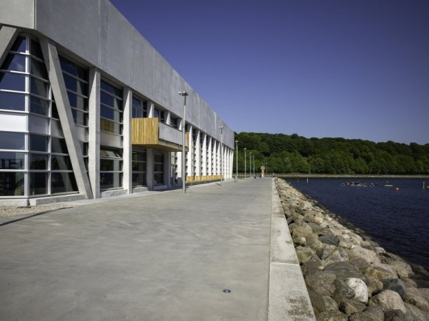 Aarhus Internationale Sejlsportscenter - glas