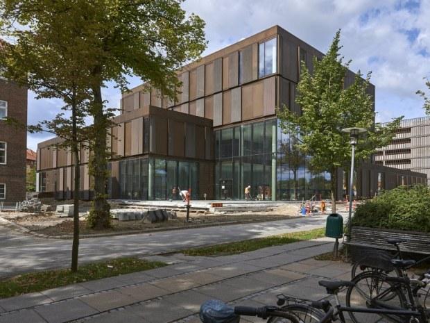 Bispebjerg Hospital  Logistik- og laboratoriebygning - facade