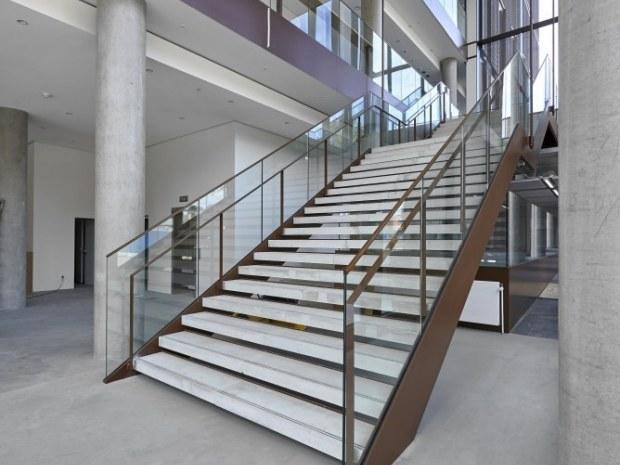 Bispebjerg Hospital  Logistik- og laboratoriebygning - trappe