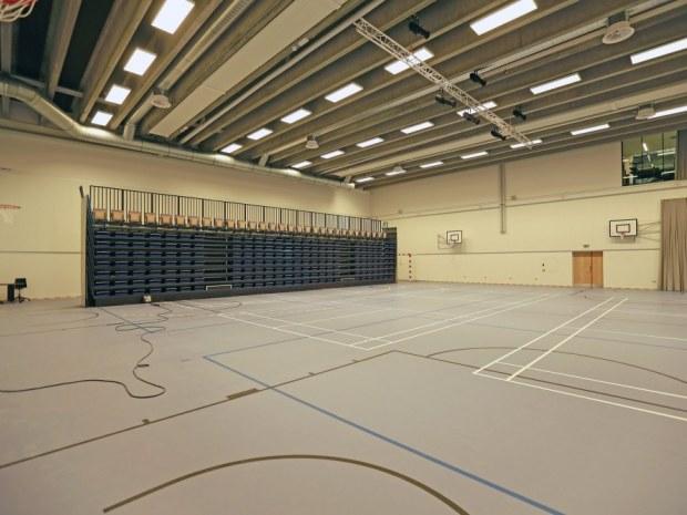 VUC Storstrøm Campus - multihallen