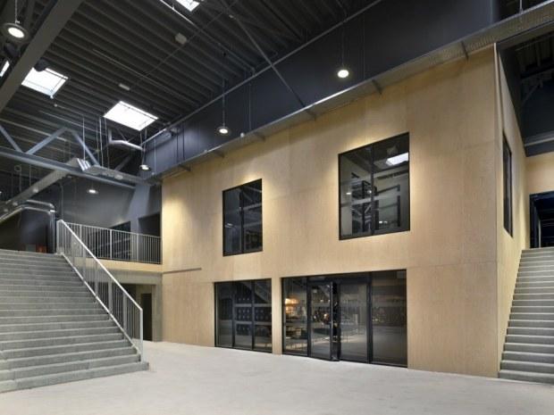 Holbæk Sportsby - foyer