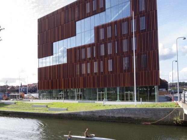 IBA Erhvervsakademi - facade
