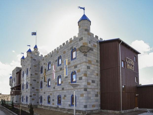 Legoland Castle Hotel - facade