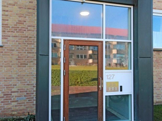 Skoleparken - indgang