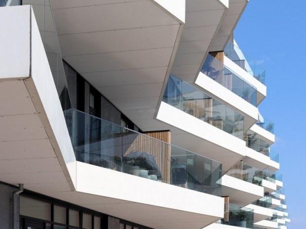 Ship - facade