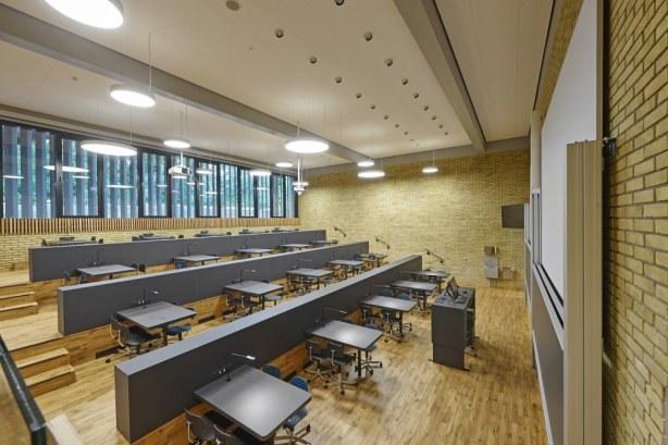 DTU, bygning 303A - Undervisningsrummene