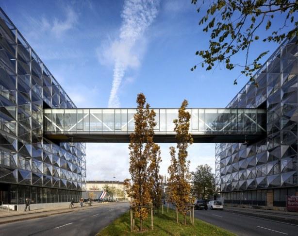 Niels Bohr Bygningen - gangbro