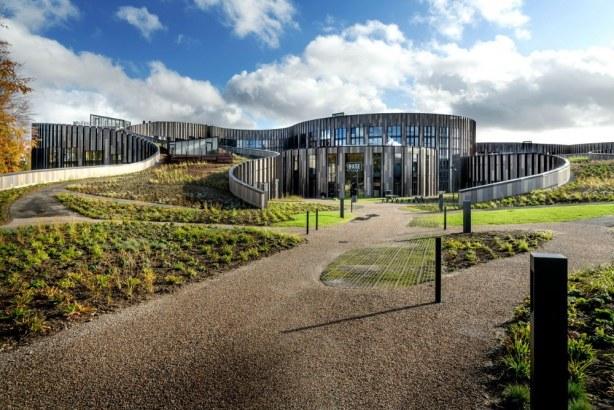 BaseCamp Lyngby - hovedindgang