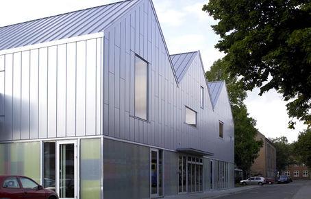 Den Kreative Skole : Kreative rum under gavlhuse i Silkeborg
