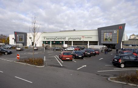 HerningCentret : Høj shopping i Herning